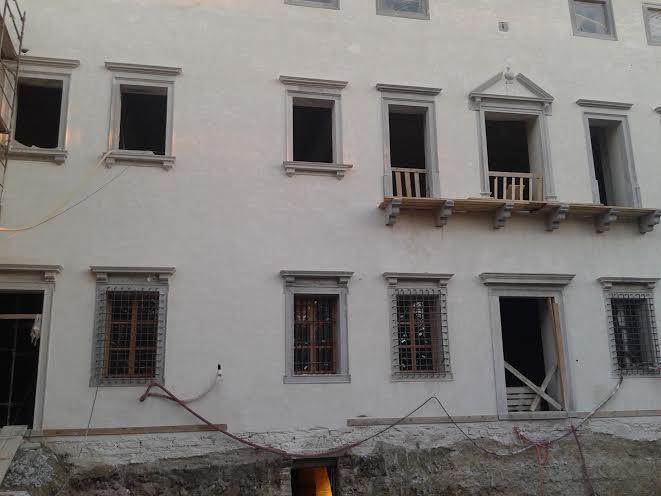 Grad Vipolže v fazi obnove.